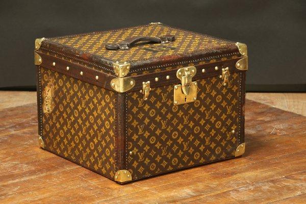 چمدان لویی ویتون